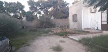 ارض وبيها منزل صغير 970م المشروع