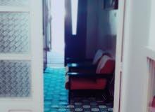 منزل بالزاويه مكون من طابقين
