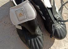 حذاء أمريكي اصلي قاعدته استد درجه اوله نوع اديداس