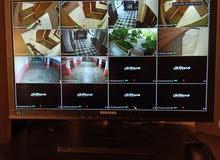 تقني متخصص في تركيب أجهزة المراقبة والاندار