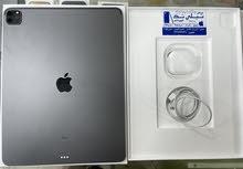 """iPad Pro 12.9"""" 2020 256 GB Wifi Space Grey Used!"""