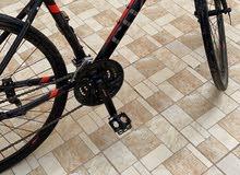 دراجة هايبرد ( هجين ) نظظيف .
