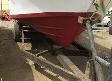 قارب صيد مسطح موديل 2012 مع باور ستيرنج مع مظله المنيوم مع ونش بدون مكاين