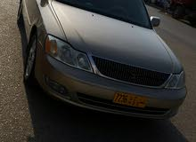 Gold Toyota Avalon 2000 for sale