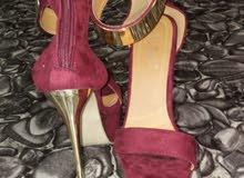 حذاء نسائي جديد