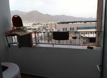 العقبه الثامنه بجانب مسجد الكالوتي شقق احجام مختلفه