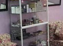 خزانة زجاج باترينا من عدة صالون للسيدات