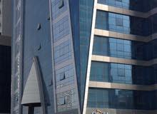 مطلوب شاب للمشاركة في شقة جديدة فاخـرة (الخان - الشارقة) برج النخلة 1 - أماكن متوفرة