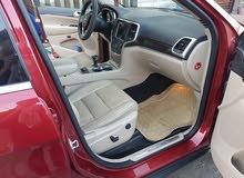 Jeep Laredo 2014 For sale - Maroon color