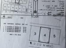 للبيع ارض سكنية في بركاء الهرم شمال في منطقة عامرة بالمنازل