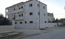 عماره 3طوابق 9 شقق للبيع