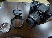 كاميرا كانون 600D بحالة جيدة