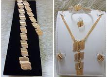 طقم اكسسوار مطلي بالذهب مع حزام مطلي / مضمون اللون والجودة