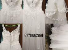 بدلة عرس بيضاء للبيع جديدة بالباكيت