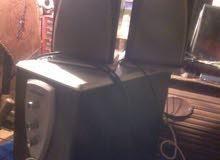 Amplificateur avec deux baffle