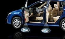 ليتات ديكور لأبواب السيارات مع شعار الشركة