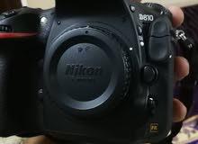 كاميرا نيكون 810 مع عدسة 24-120
