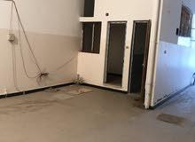 مخزن في طريق الخدمات سوق الجمعه 250