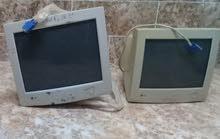 شاشتين كمبيوتر مكتبي للبيع بسعر حررق