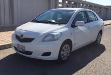 White Toyota Yaris 2013 for sale