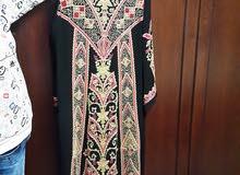 ثوب ستاتي مستعمل ساعتين للبيع بسعر 40 دينار  مقاس 5