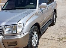 Used condition Toyota Land Cruiser 1998 with +200,000 km mileage