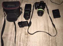 كاميرا نيكون3100معاها فلاش جودكس الحاله زير مصوريتش غير 4000صورا فقط