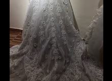 فستان عروس للبيع ب150 دينار