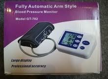 جهاز قياس الضغط و دقات القلب