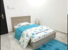 للبيع شقة مفروشة بأثاث راقي ومودرن فى الحد الجديدة .مساحة الشقة 141 متر  3 غرف ن