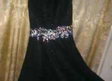 فستان سهرة  ستان مع دانتيل موديل تركي استعمال مرة واحدة فقط مقاس Mمن 40-42