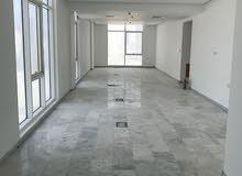 للبيع شقة مكتبية جديدة بالسيف