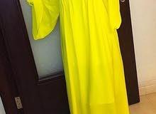 فستان سهرة للايجار