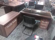 مكتب مدير فخم مع كراسي جلد شبه جديد بسعر مغري تركي