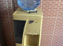 ثلاجة ماء (ايكون )بدون اي اعطال او اي تصليح سابق ..ماء حار وبارد