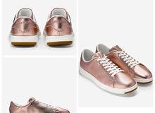 للبيع حذاء نسائي COLE HAAN