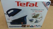 مكوى من شركة تفال TEFAL المعروفة عالميا صناعة فرنسية ذو إمكانيات عديدة.