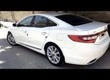 White Hyundai Azera 2013 for sale
