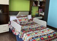 غرفة لون بني