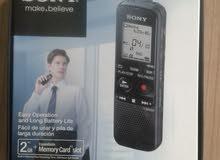 (مسجل صوت رقمي للتسجيل الإحترافي / من إنتاج شركة SONY)