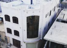عمارة سكنية ثلاثة أدوار مساحتها اربع لبن الا ربع  بسعر رائع