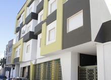 شقة للبيع مساحة 175 م سوق الجمعة قرب جزيرة معتيقه