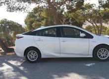 10,000 - 19,999 km Toyota Prius 2016 for sale