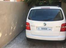 Volkswagen Touran in Tripoli