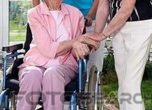 تقديم الخدمات التمريضة المنزلية على مدار 24ساعة داخل المنزل