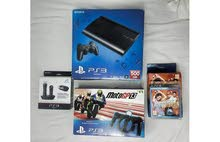 PS 3 super slim 500 GB + Moto GP13 + PS Move Racing Wheel