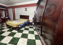 غرفه نوم فخمه جدا وقيمه للبيع لظروف السفر