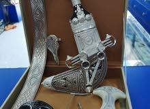 خنجر سعيدي مع قرنين عمانيات