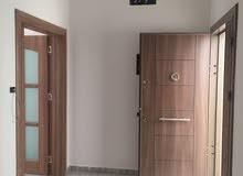 شقة سكنية ممتازه فخامه في التشطيب والتنفيذ إبداع في السراج شارع البغدادي
