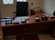 مكتب كامل و طاولة اجتماعات
